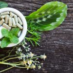 5 Things to Know Before You Take Herbal Supplements